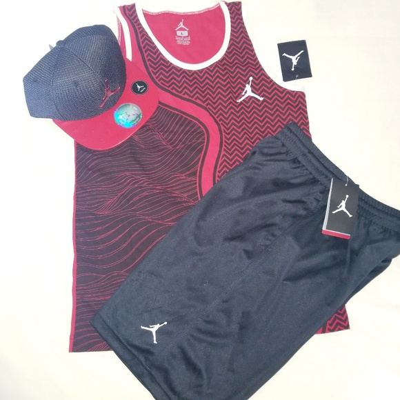 a71cc4bd0238d Jordan Boys Youth 3pc Short Set With Cap - Large
